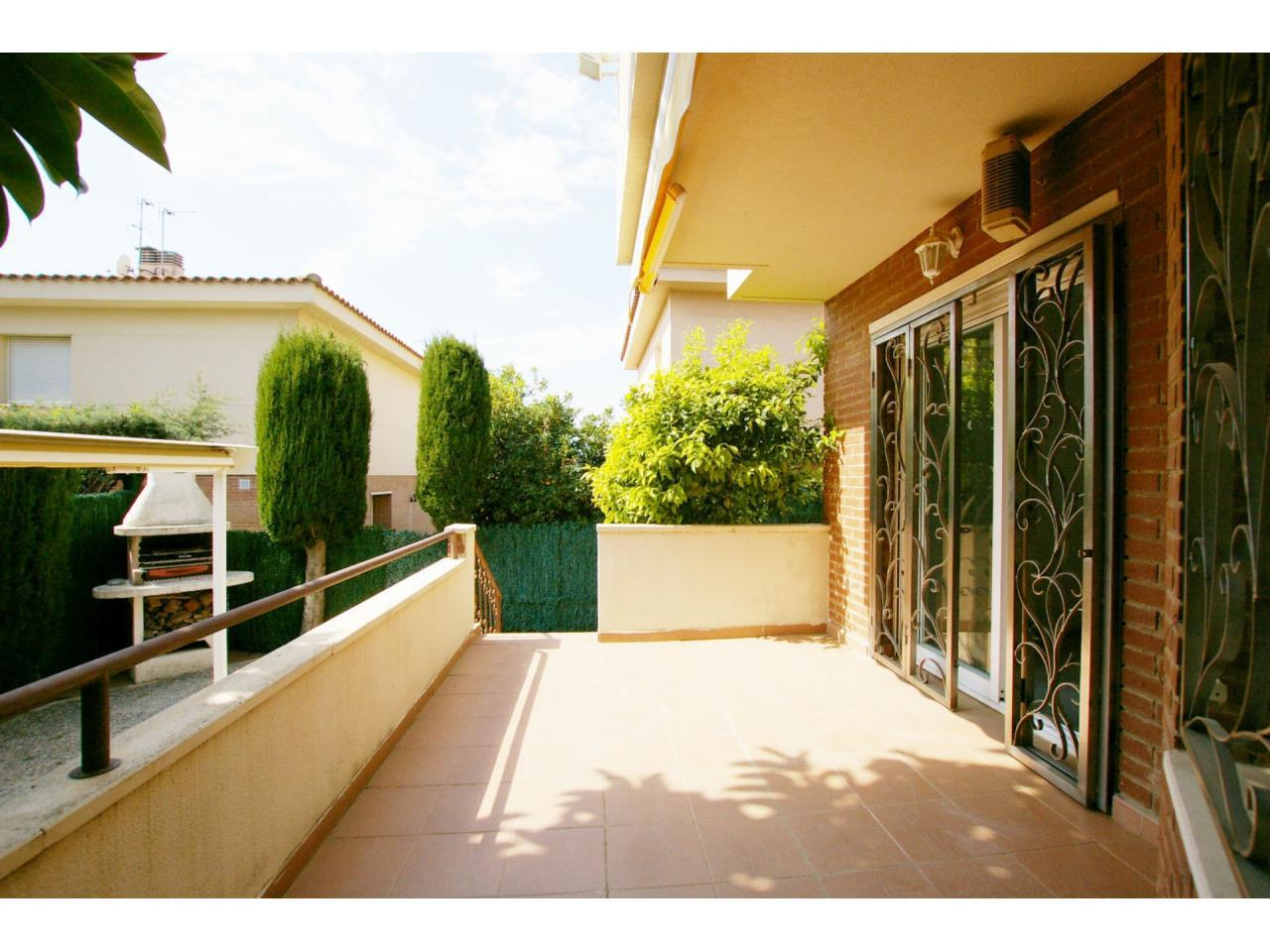 House -                                       Cambrils -                                       4 bedrooms -                                       0 persons